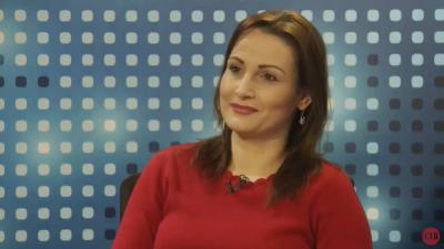 """Ана Фрицханд во Утрински брифинг говори за """"Јавна соба"""" и за општествените аномалии"""